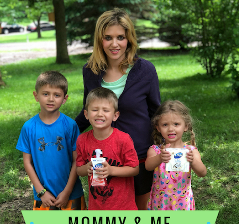 Mommy & Me Outdoor Activities Made Simple With NEW! Dial Complete 2 in 1 Moisturizing & Antibacterial Foaming Hand Wash & Beauty Bar ad