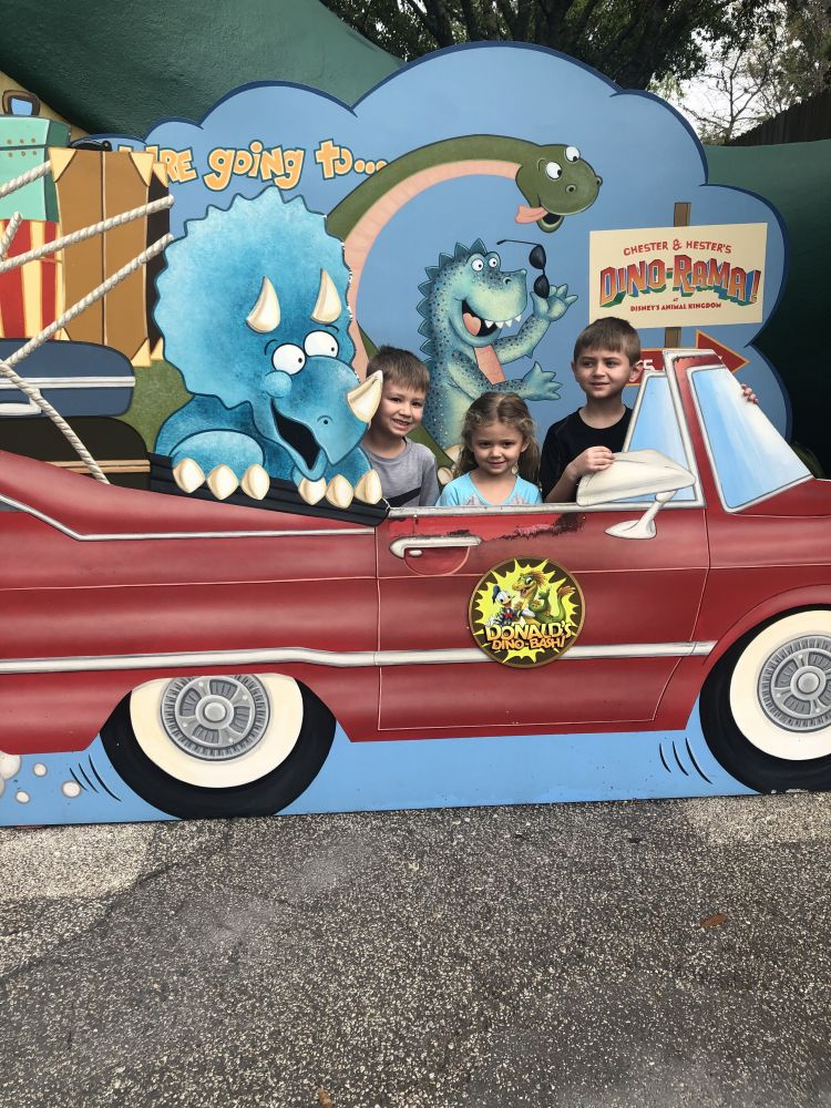 How to Save 100's of Dollars at Disney World